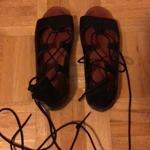 American eagle lace up black sandals